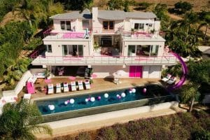 airbnb barbie house in malibu california